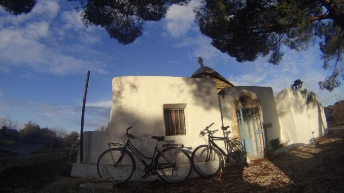 2 bicyles